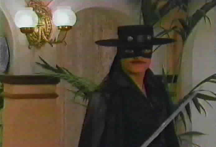Zorro prepares to fight Resendo.